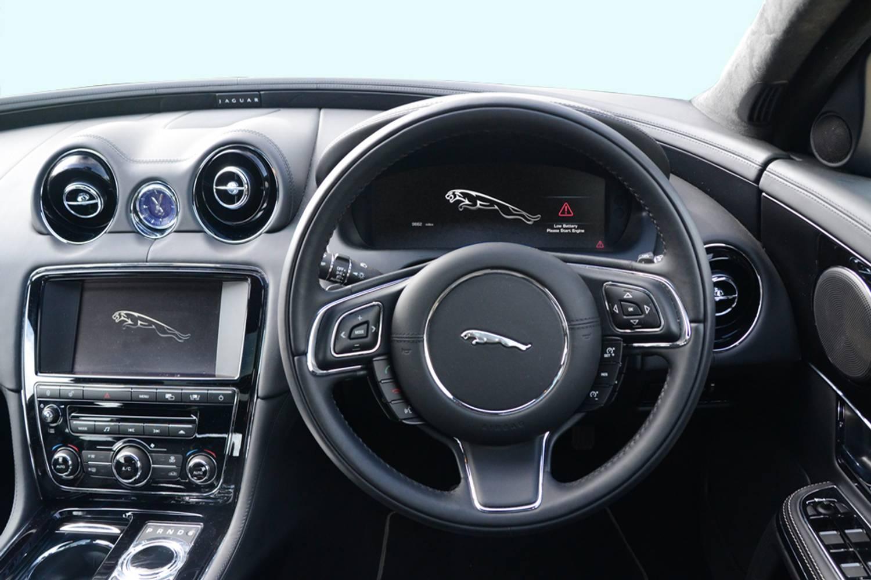 new jaguar xj saloon 3 0 v6 supercharged r sport 4 door. Black Bedroom Furniture Sets. Home Design Ideas