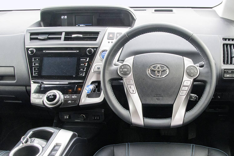 new toyota prius estate 1 8 vvti icon 5 door cvt auto nav 2015 for sale. Black Bedroom Furniture Sets. Home Design Ideas