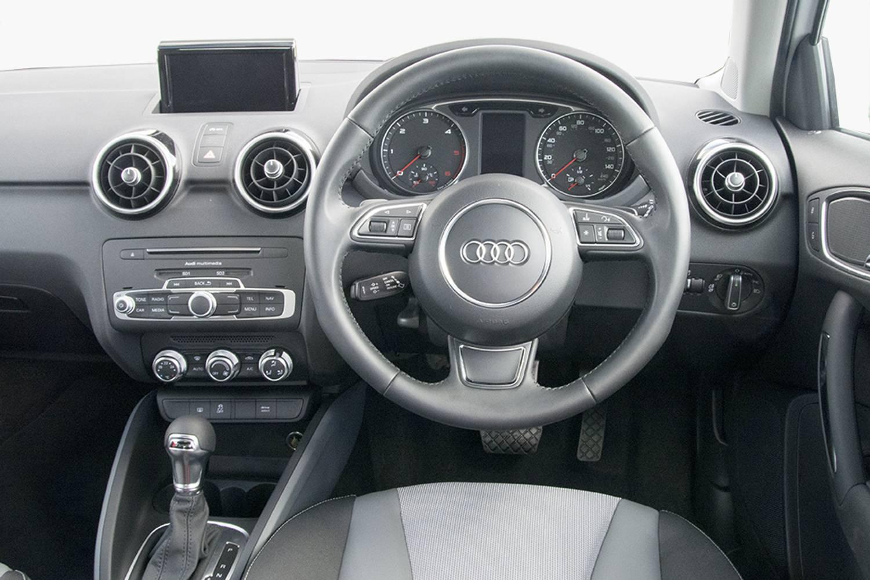 New audi a1 diesel sportback 1 6 tdi sport 5 door s tronic for Audi a1 sportback interieur
