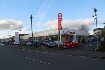 Listers Toyota Stratford-upon-Avon
