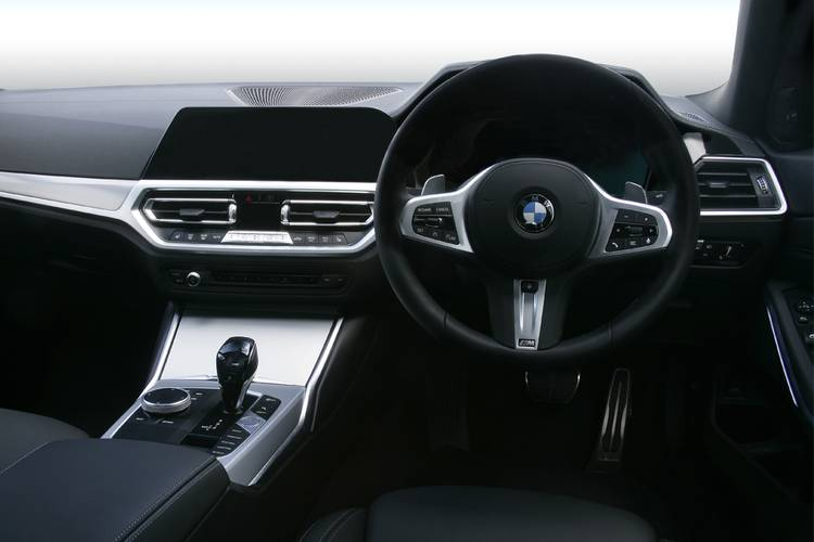 BMW 3 Series Saloon 4dr interior