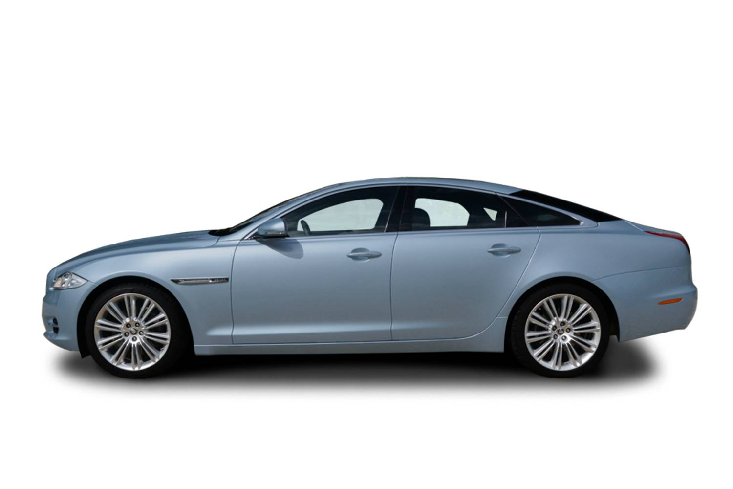 new jaguar xj saloon 5 0 575 ps v8 supercharged xjr 4 door auto 2017 for sale. Black Bedroom Furniture Sets. Home Design Ideas