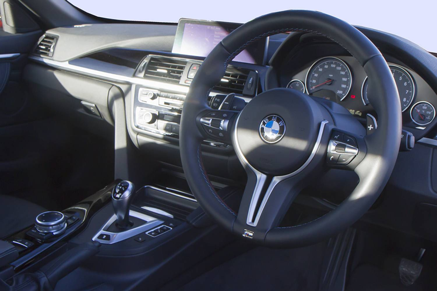 BMW M4 Convertible M4 2dr interior