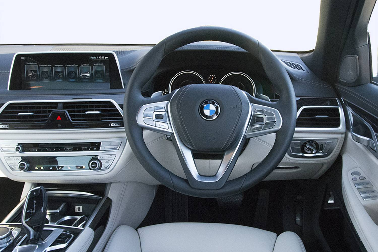 BMW 7 Series Saloon 4dr Auto Interior