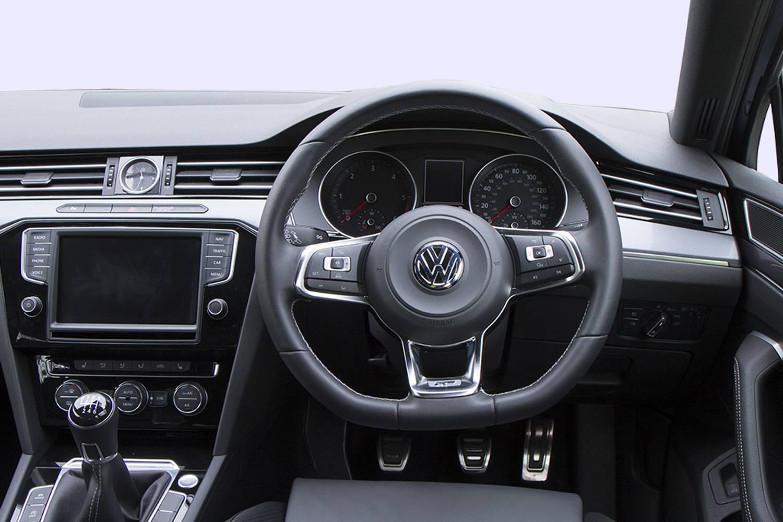 New volkswagen passat estate 1 4 tsi gte advance 5 door for Volkswagen passat interior