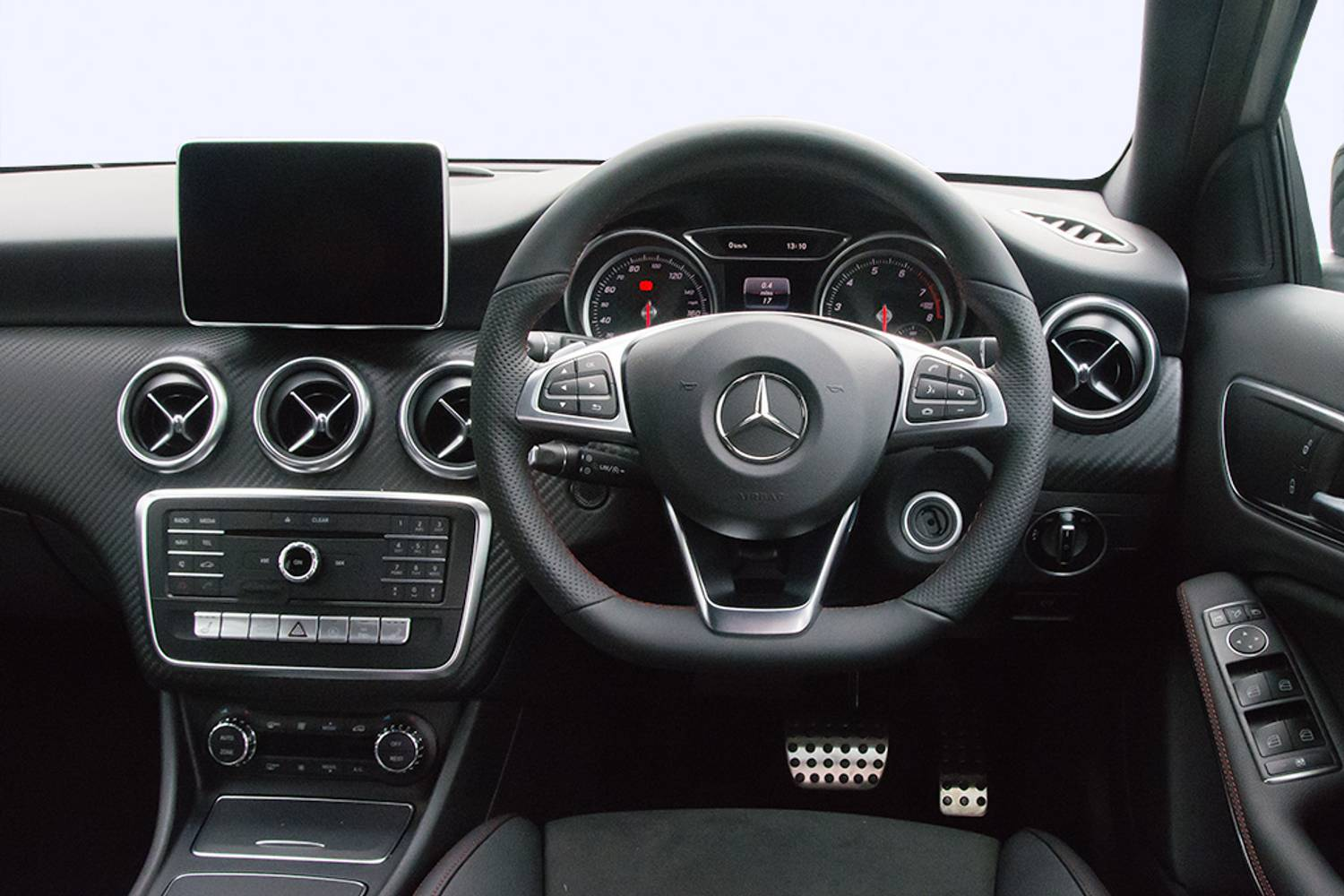 Mercedes a class interior pictures inspirational pictures for Mercedes vito interieur