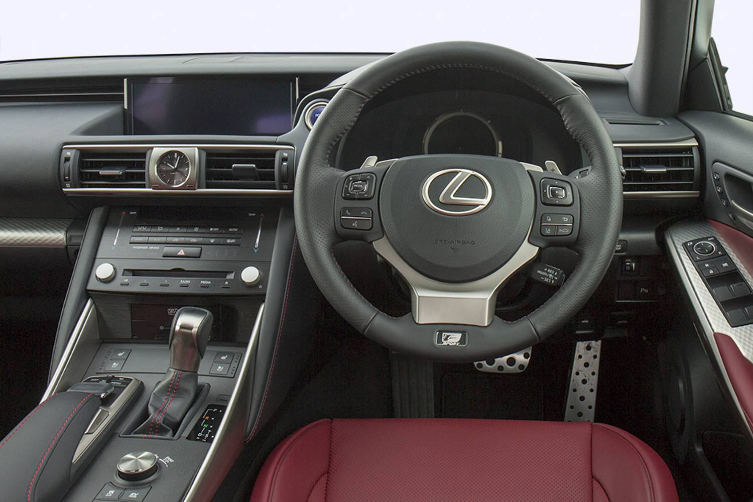 Lexus IS Saloon 4dr Auto interior