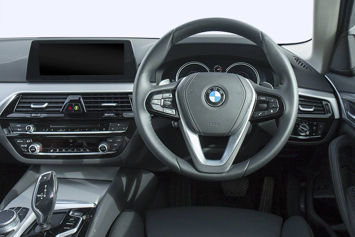BMW 5 Series Saloon 4dr interior