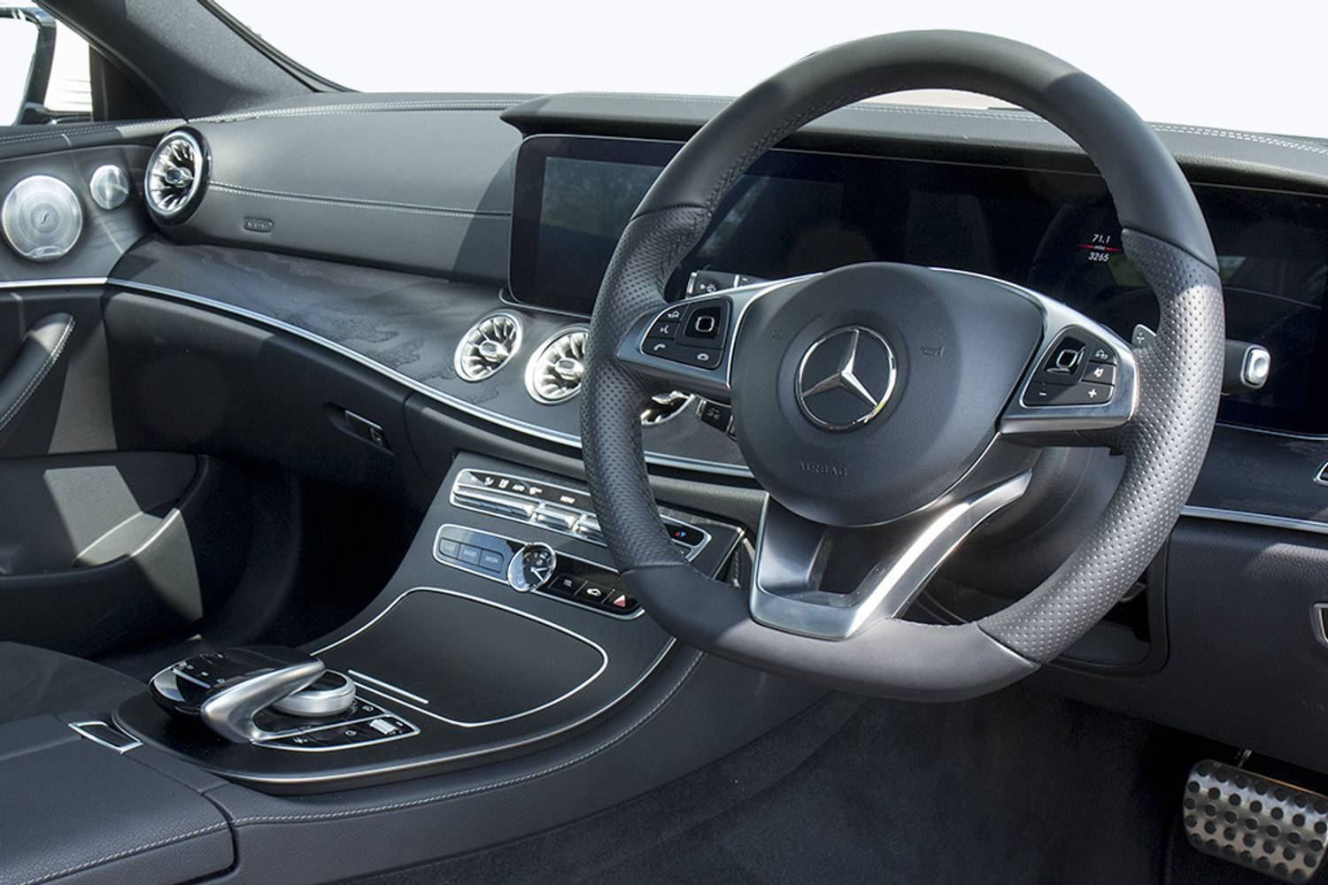 new mercedes benz e class diesel coupe e220d amg line 2 door 9g tronic 2017 for sale. Black Bedroom Furniture Sets. Home Design Ideas