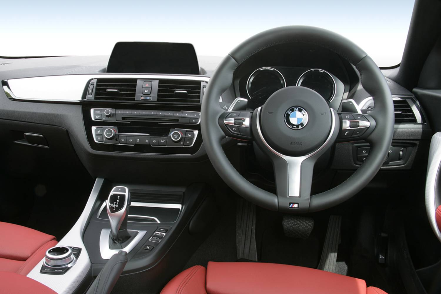 BMW 2 Series Coupe 2dr [Nav] interior