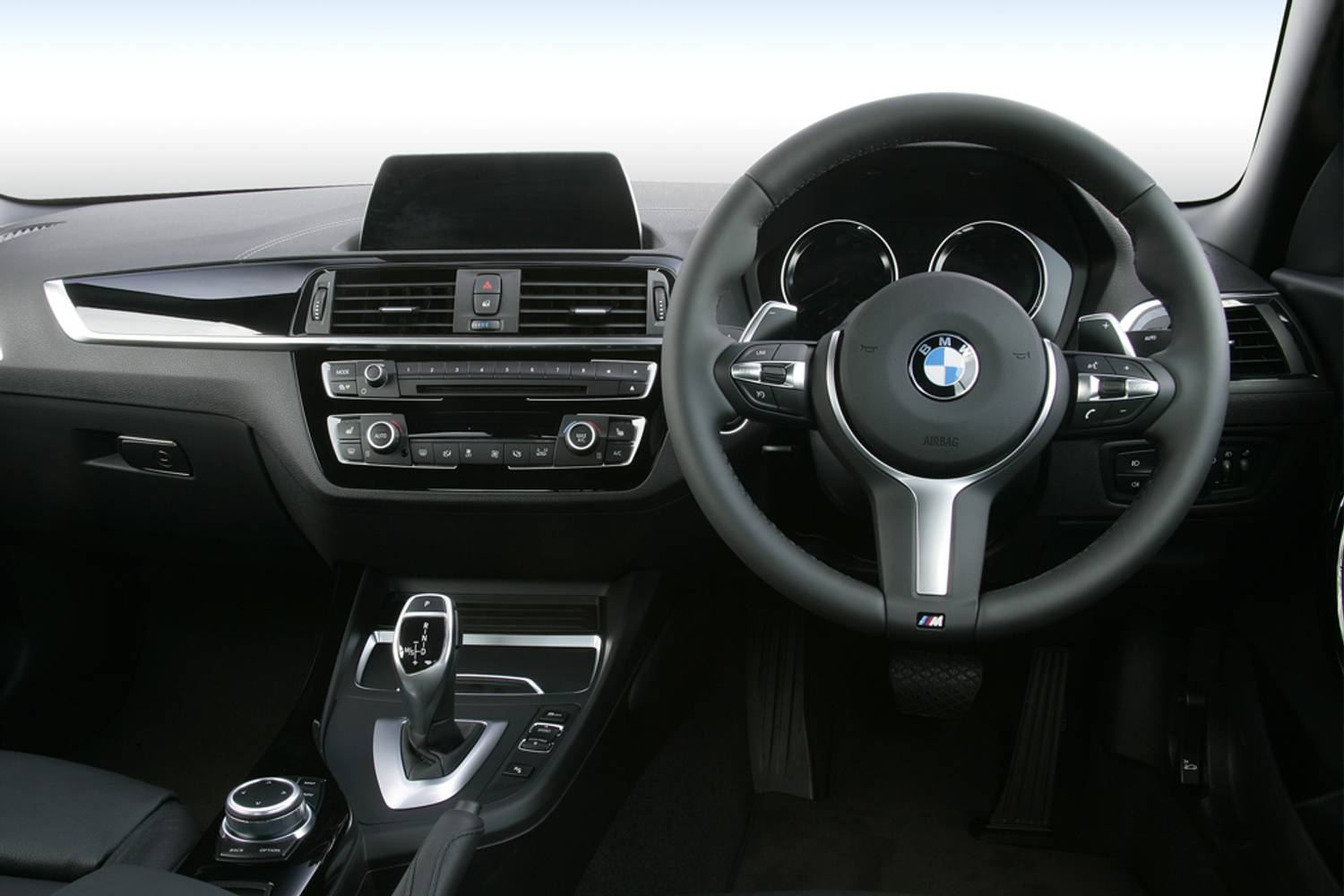 BMW 2 Series Convertible 2dr [Nav] interior