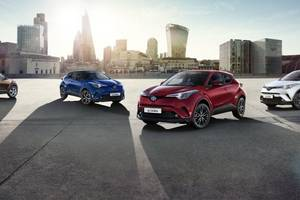 Red Edition C-HR Thumbnail