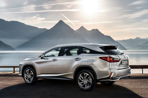 Rear exterior of the Lexus RX L Thumbnail