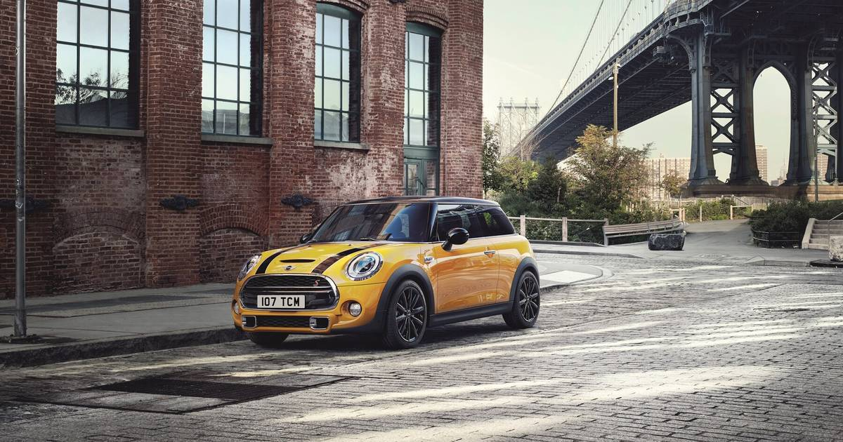 Latest Mini Used Cars Offers Listers Mini