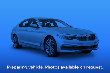 BMW 5 Series Saloon 4dr Front Three Quarter