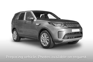 Land Rover Discovery SW 5dr Auto Front Three Quarter