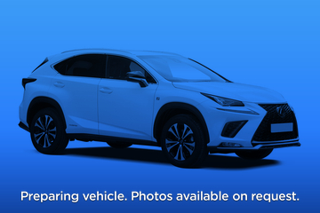 Lexus NX Estate 300h 2.5 5dr CVT Front Three Quarter