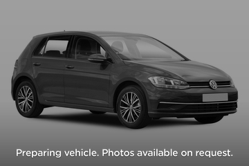 Volkswagen Golf Hatchback Front Three Quarter