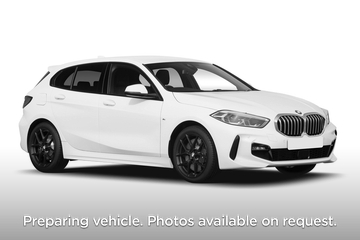 BMW 1 Series Hatchback 5dr Front Three Quarter