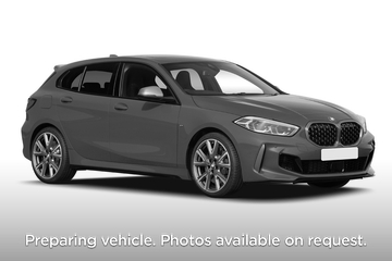 BMW 1 Series Hatchback M135i xDrive 5dr Step Auto Front Three Quarter