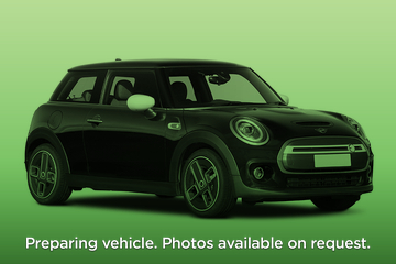 MINI Electric Hatchback 135kW Cooper S 33kWh 3dr Auto Front Three Quarter