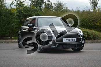 MINI Hatchback 1.5 Cooper 5dr in Midnight Black at Listers Boston (MINI)