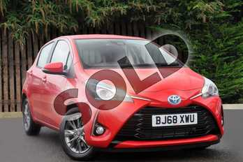 Toyota Yaris 1.5 Hybrid Icon 5dr CVT in Chilli Red at Listers Toyota Coventry