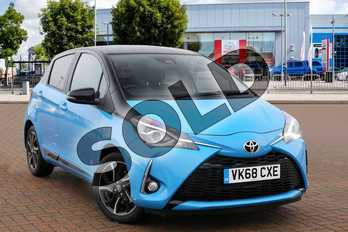 Toyota Yaris 1.5 VVT-i Design 5dr in Bi Tone Cyan at Listers Toyota Cheltenham