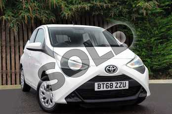 Toyota AYGO 1.0 VVT-i X-Play 5dr in Pure White at Listers Toyota Coventry