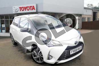 Toyota Yaris 1.5 VVT-i Y20 5dr in Bi-tone - White at Listers Toyota Grantham