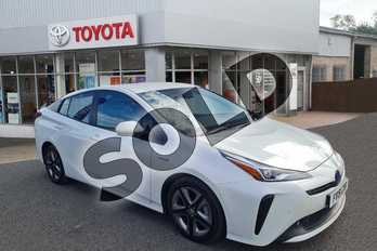 Toyota Prius 1.8 VVTi Business Edition 5dr CVT in Pearl White at Listers Toyota Grantham