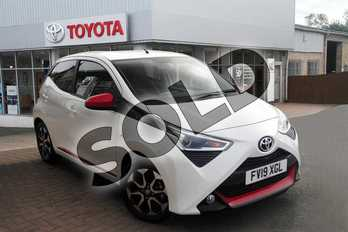 Toyota AYGO 1.0 VVT-i X-Trend 5dr in White Flash at Listers Toyota Grantham