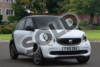 Smart Forfour 1.0 Prime 5dr in white at smart at Mercedes-Benz of Lincoln