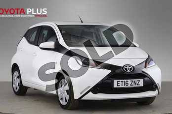 Toyota AYGO 1.0 VVT-i X-Play 5dr in Pure White at Listers Toyota Cheltenham