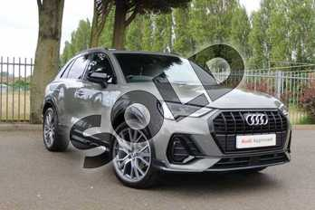 Audi Q3 Diesel 35 TDI Vorsprung 5dr S Tronic in Chronos Grey Metallic at Coventry Audi