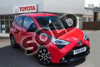 Toyota AYGO 1.0 VVT-i X-Trend 5dr in Red Pop at Listers Toyota Grantham