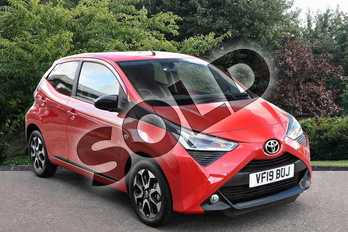 Toyota AYGO 1.0 VVT-i X-Trend 5dr in Red at Listers Toyota Stratford-upon-Avon