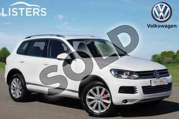 Volkswagen Touareg Diesel 3.0 V6 TDI 245 SE 5dr Tip Auto in Pure White at Listers Volkswagen Nuneaton