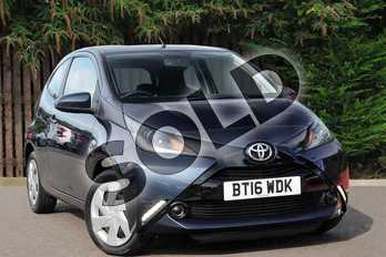 Toyota AYGO 1.0 VVT-i X-Play 3dr in Dark Blue Buzz at Listers Toyota Coventry