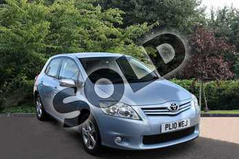 Toyota Auris 1.33 Dual VVTi TR 5dr in Blue at Listers Toyota Stratford-upon-Avon