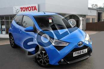 Toyota AYGO 1.0 VVT-i X-Plore 5dr in Cyan Splash at Listers Toyota Grantham