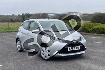 Toyota AYGO 1.0 VVT-i X-Play 5dr in Silver at Listers Toyota Nuneaton