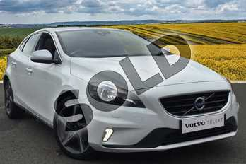 Volvo V40 T2 (122) R DESIGN 5dr in Ice White at Listers Volvo Worcester