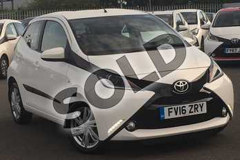 Toyota AYGO 1.0 VVT-i X-Pression 5dr in White at Listers Toyota Lincoln