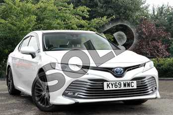 Toyota Camry  in White at Listers Toyota Nuneaton