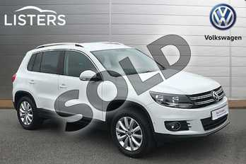 Volkswagen Tiguan Diesel 2.0 TDI BlueMotion Tech Match 150 4MOTION 5dr in Pure White at Listers Volkswagen Stratford-upon-Avon