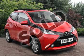 Toyota AYGO 1.0 VVT-i X-Pression 5dr in Red at Listers Toyota Stratford-upon-Avon
