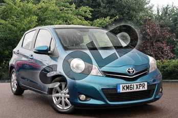 Toyota Yaris 1.33 VVT-i T Spirit 5dr in Green at Listers Toyota Nuneaton
