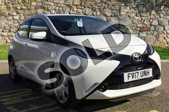 Toyota AYGO 1.0 VVT-i X-Play 5dr in White at Listers Toyota Boston