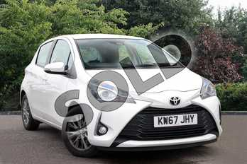 Toyota Yaris 1.5 VVT-i Icon 5dr in White at Listers Toyota Nuneaton